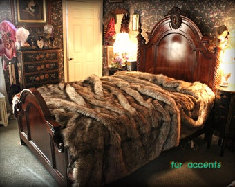 Premium Faux Fur Bedspread - Light Golden Brown Wolf - Coyote - Faux Fur  - Throw Blanket - All New Sizes