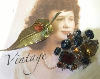 SALE Brown Rhinestone Brooches Vintage lot 393