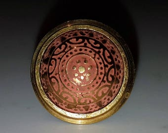 Vintage blush colour ring, mandala pattern, orange ring, brass ring, vintage ring, vintage jewelry, mandala design