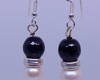 Black agate, pearl, sterling silver earrings.