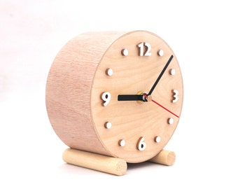 Desk Wooden clock, NO TICKING Small Wood Table Clock, Circle School clock, Natural wood for home, Nature decor, Silent clock, Gift for Mom