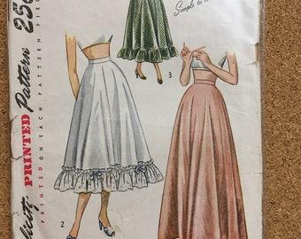 Vintage skirt petticoat - 2421 Simplicity sewing pattern