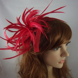 Red Feather Spray Sinamay Comb Fascinator - Occasion Wedding Races