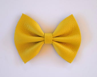 Butter Cream Leather Bow Beautiful Adorable Spring Summer Clip for Newborn Baby Little Girl Child Adult Photo Prop Pictures Easter Bow