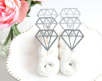 Diamond Donut Toppers (Set of 12) | Diamond Cupcake Toppers | Bridal Shower Decor | Bachelorette Party | Bridal Shower Cupcake Toppers