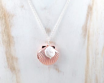 Rose Gold Sea Shell Locket Necklace with Freshwater Pearl