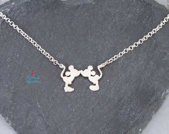 Mickey Mouse necklace | Mickey Mouse Minnie Mouse necklace / Kiss minnie mouse mickey mouse necklace / Kiss mickey minnie couple love