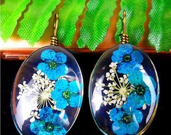 2Pcs Charming Blue Crystal Dried Flower Oval Pendant Bead 1 INCH EACH Crafters Special