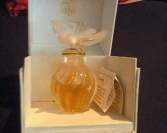 Perfume Lair du Temps de NiNA RICCI 1960, LALIQUE Crystal, collectors, perfumeries, antique dealers, antique, gifts, museums, Christmas