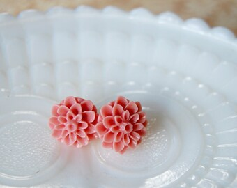 berries and cream mums - pink post earrings- vintage inspired flowers