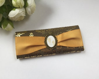 Wedding chocolate bar favors, custom chocolate bar wrappers, Candy bar wrappers, gold wedding favors, vintage wedding favors