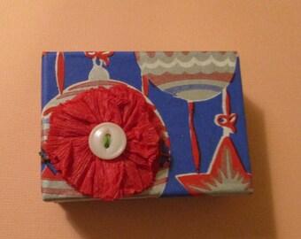 Vintage-Print Christmas Gift Box