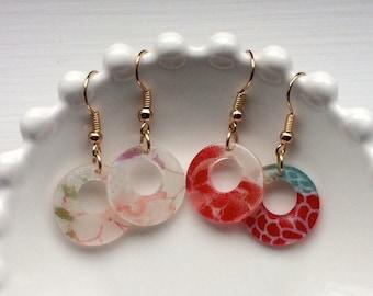 Oriental Pattern Round Motif Earrings - Lightweight Plastic