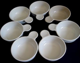 Corning Grab It Bowls & Plates P-185-B, White Plastic Bowl Lid P-150-C, 15 oz P-150-B Round