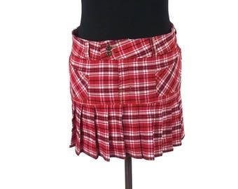 "Red Plaid Pleated Mini Skirt - Size Small / Von Dutch micro mini 12.5"" long punk preppy 00s y2k skirts 90s tartan patterned white pockets"