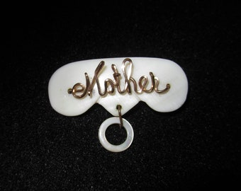 MOTHER Gold Wire Mother-of-Pearl Name Pin Twisted Cursive Script Brooch