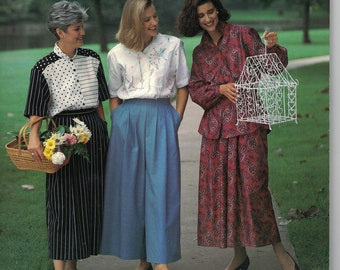 Four Corners Vintage Patterns - Womens Blouse, Skirt and Split Skirt in Several Variations Size 6,8,10,12,14,16,18,20,22,24 UNCUT
