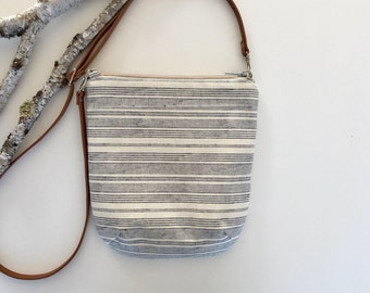 Striped Crossbody Purse // Crossbody Bag // Fabric Bag // Handmade Purse