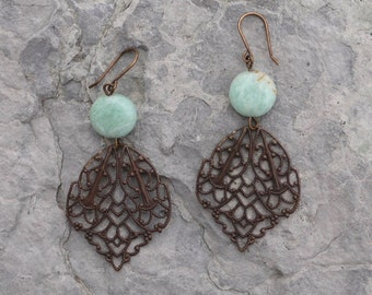 Filigree Crest Earrings - 3 color choices
