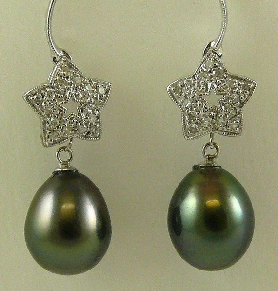 Tahitian Black Pearl Earring 14k White Gold and Diamonds 0.50ct