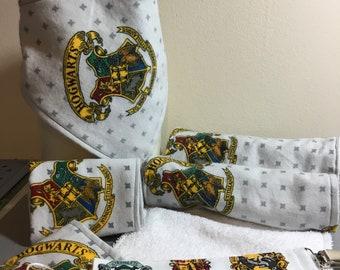 Harry Potter Hogwarts Crest baby burp cloth and bib set
