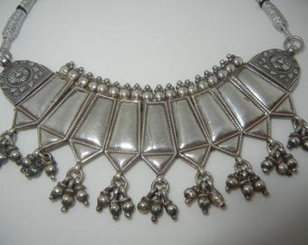 Vintage silver necklace from Rajasthan India.  Silver tribal jewelry.  Silver Indian jewelry.  Rajasthani silver necklace.  Vintage jewelry.