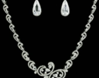 New Bridal Elegant Tear Drop Crystal With Silver Swirl Link Chain Necklace Set