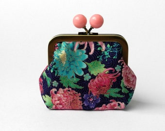 Money Wallet, Change Pouch, Kiss Lock Coin Purse, Coin Pouch, Jewelry Bag, Purse Accessory, Organizer, Glue Frame, Gift Under 20, Floral