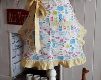 Ladies Apron Kitsch Retro Style Apron Womens Shabby Chic Apron Vintage 1950s Apron Baking Fabric Apron Half Waist Apron