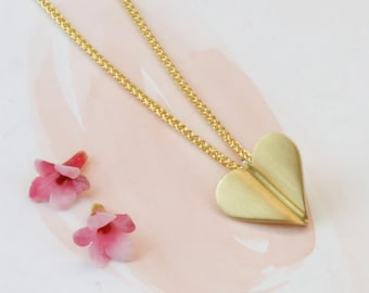 Gold Heart Necklace - Love Heart Necklace - 9ct gold heart necklace
