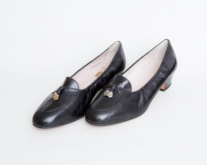 Size 8 NOS Vintage Black loafer skimmers low heels shoes