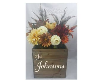 Flower Bouquet,Wood Planter, with interchangeable flowers!