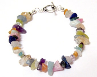 Gorgeous Gemstone Chip Bracelet with Sterling Silver Toggle Clasp SIZE 7 1/2 INCH