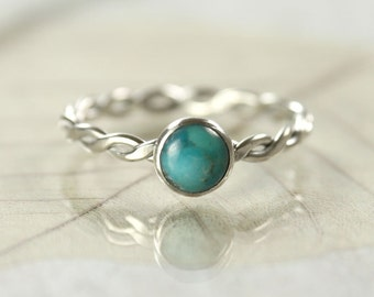 Silver Turquoise Ring - Hammered Sterling Twist Ring - Gem Ring | Turquoise Twist Ring | Turquoise Jewellery