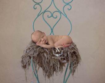 Newborn Digital Backdrop/ Prop / Photography / Vintage / Chair (Tal)
