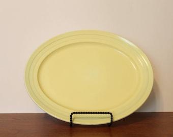 Hazel Atlas Moderntone Pastel Yellow Oval Serving Platter
