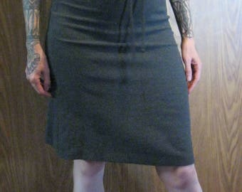 Gray Decoline Pencil Skirt | Knee Length | Mad Men Size 4/6 | Made in USA