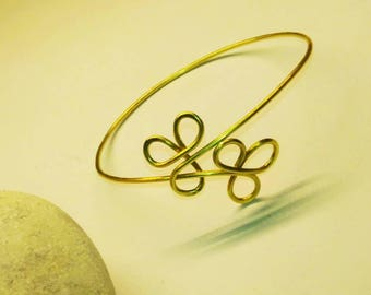 Clover Brass Bracelet. Double clover. Craftwork. Hand made in Italy ! Wire wrapped. Brass, Copper, Stainless steel,