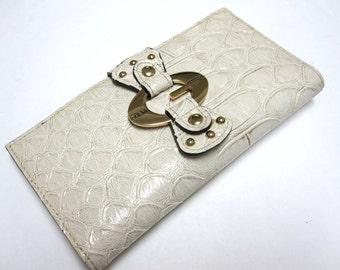 Ivory Wallet Guess Billfold