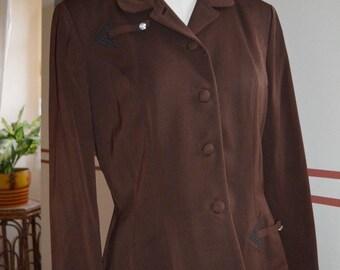 1940s Original women's American brown suit-12-14 UK fit