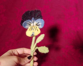 Pansy Boutonniere - fake flower / faux flower / fake plant / formal / accessory / felt / needle felted / wool / floral / buttonhole / blue