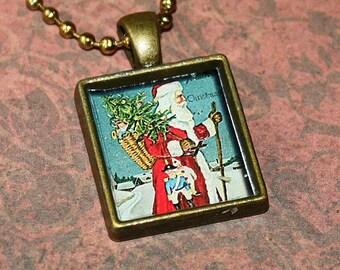 Santa Claus Resin Necklace - Father Christmas Resin Pendant