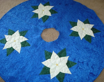 Quilted Christmas Tree Skirt with Poinsettias