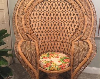 RARE Vintage Fan Peacock Chair / Cobra Rattan Chair. Dramatic, Exquisite,  And In