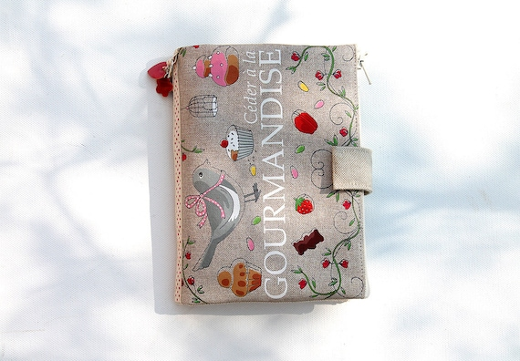 """Purse Organizer / AOR illustrated linen """"Yield to the delicacy"""""""