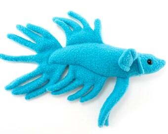 Betta bleu poisson Animal en peluche jouet en peluche - Couronne queue Type Betta - réalisé sur commande