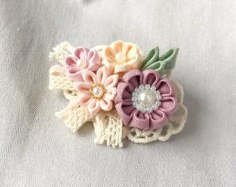 Cloth flower brooch, unique corsage pin, lace flower pin, botanical brooch, flower brooch mom, fabric flower brooches for dresses