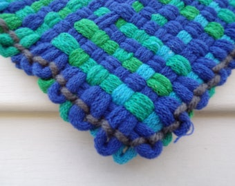 Hand woven cotton pot holder