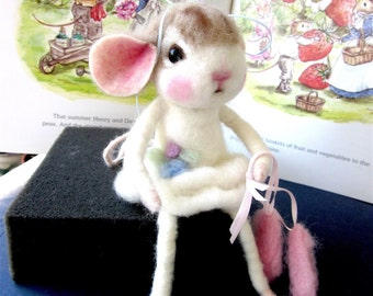 Needle Felted Mouse Doll/ Heirloom Collectible/ In Search of Swan Lake