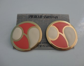 VINTAGE salmon ivory gold circle POST EARRINGS